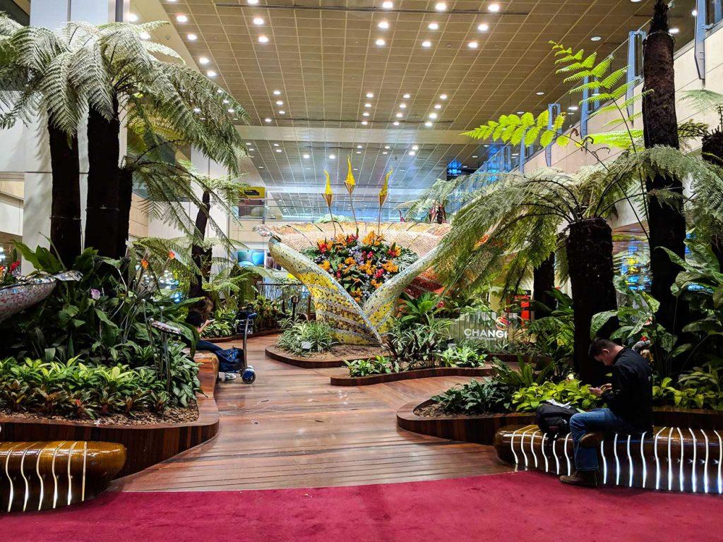Singapore Changi Airport: Beautiful indoor garden