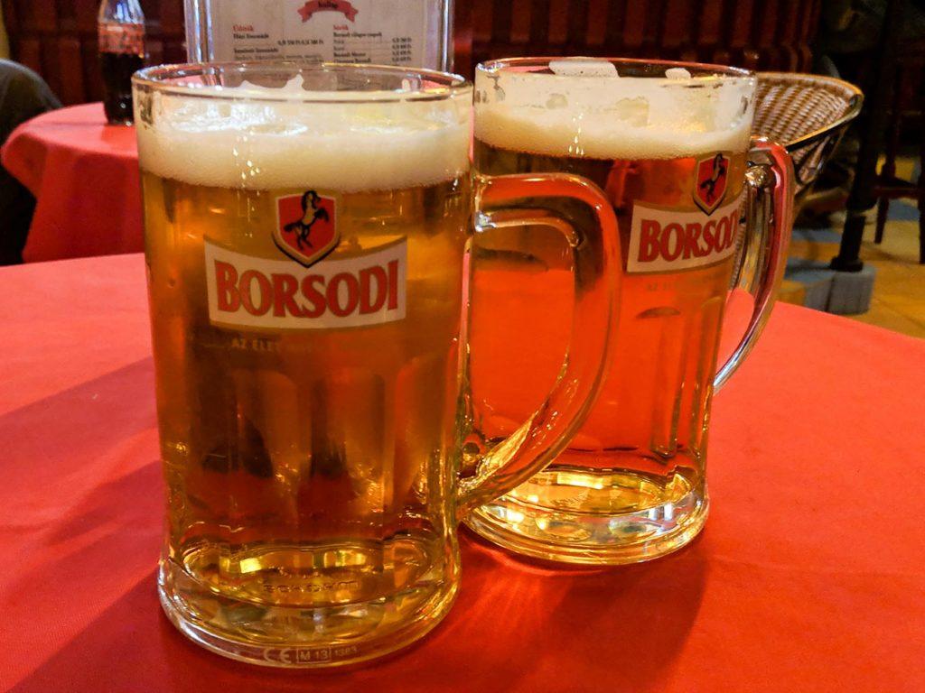 Budapest Restaurants: Beer at M35 vendéglő